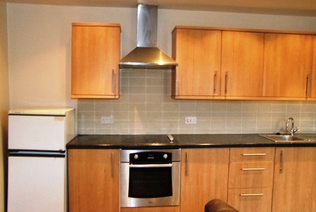 Thumbnail Flat to rent in 1 Bed Apartment, Shaw, Oldham