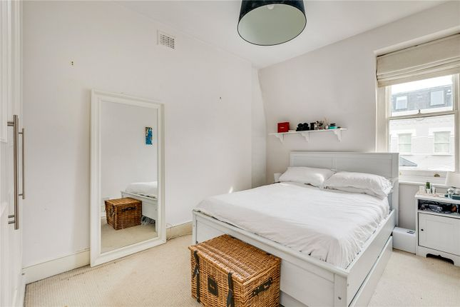 Bedroom of Chesilton Road, London SW6