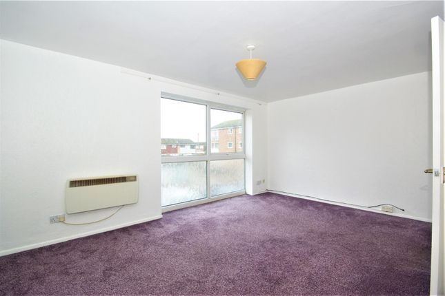 Dsc08737 of Coronation Avenue, East Tilbury, Tilbury RM18
