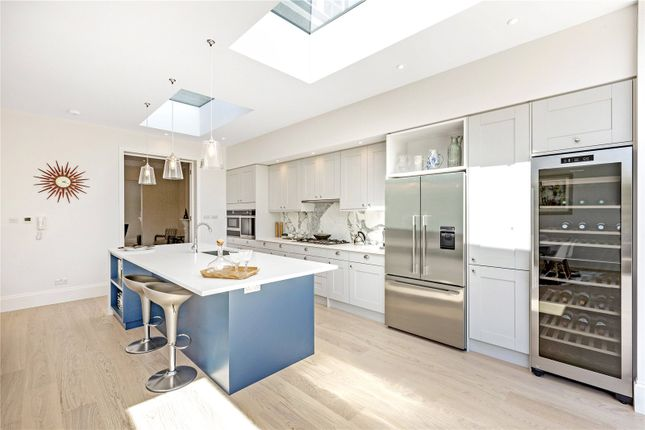Kitchen of Castelnau, Barnes, London SW13
