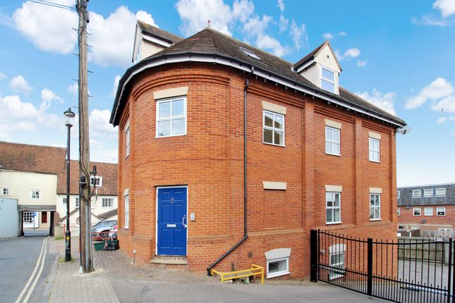 Thumbnail Flat for sale in Nunns Road, Colchester