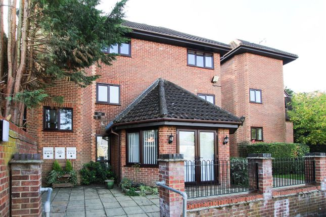 Thumbnail Flat for sale in Lorne Road, Warley, Brentwood