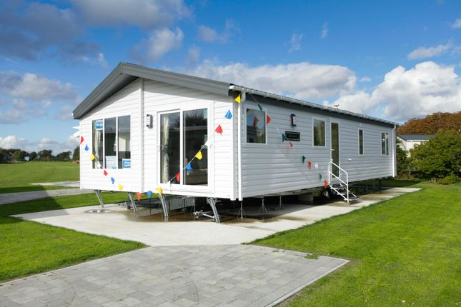 Thumbnail Mobile/park home for sale in Reach Road, St. Margarets-At-Cliffe, Dover