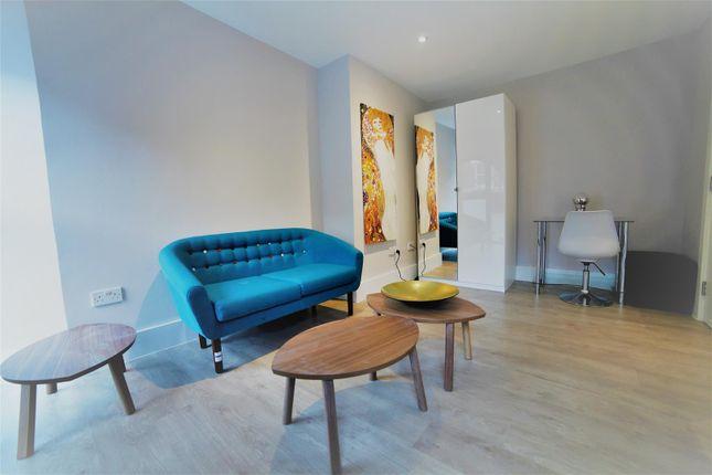 Thumbnail Flat to rent in Jesmond Dene, Lithos Road, London