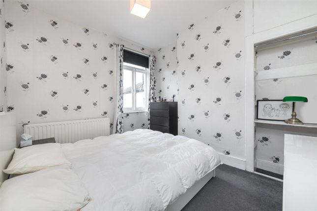 Bedroom of Kemsing Road, Greenwich, London SE10