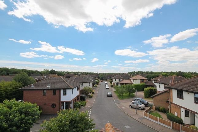 Photo 7 of Wheatfield Way, Langdon Hills, Basildon SS16