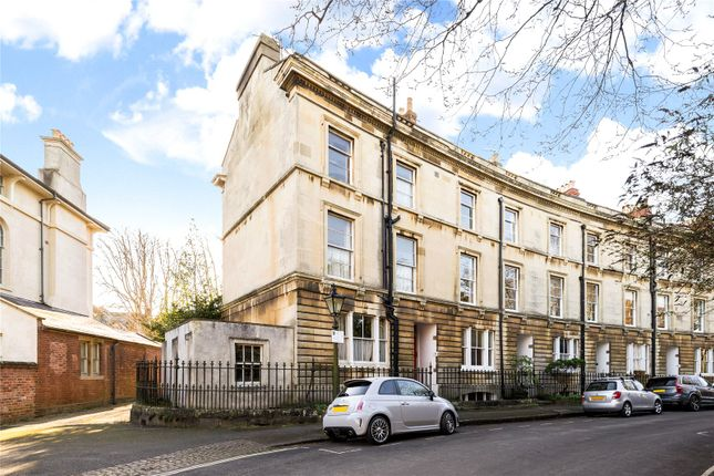 Thumbnail End terrace house for sale in Park Town, Oxford