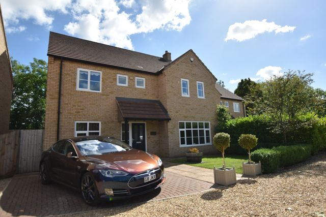 Thumbnail Detached house for sale in Peacock Way, Peterborough