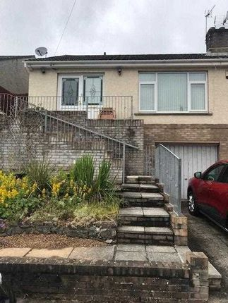 Thumbnail Bungalow to rent in Rhyd Y Nant, Pontyclun