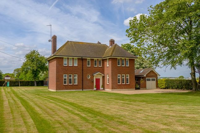 Thumbnail Country house for sale in Sutton Rectory, Sutton Road, Southend On Sea