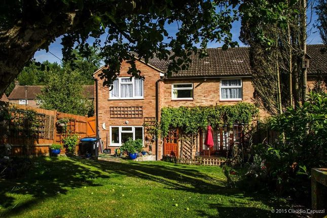 Thumbnail Semi-detached house for sale in Rucklers Lane, Kings Langley
