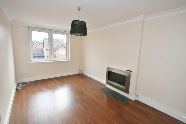 Thumbnail Flat to rent in Heath End Road, Baughurst, Tadley