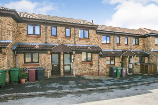 Thumbnail Town house for sale in Derwent Close, Dronfield, Derbyshire