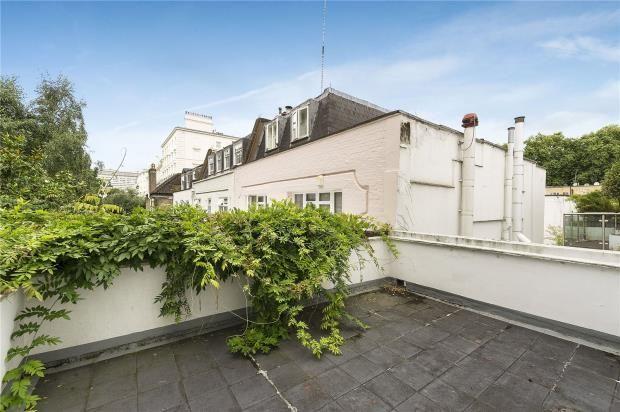 Terrace of Hyde Park Street, London W2