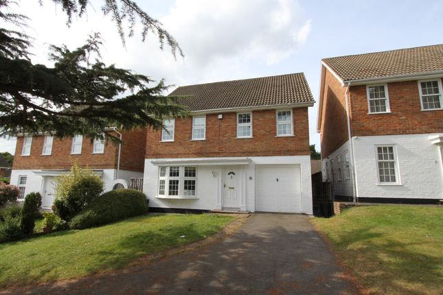4 bed detached house to rent in Thistlemead, Chislehurst, Kent BR7