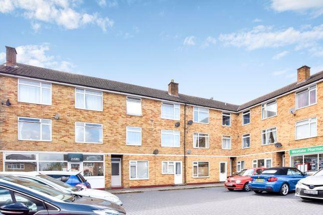2 bed flat for sale in Spencer Avenue, Yarnton, Kidlington OX5