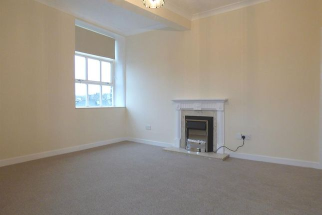Thumbnail Flat to rent in Clyde Street, Bingley