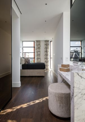 Flat to rent in 8 Artillery Row, Westminster