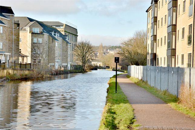Area Photo of Waterside View, Harrogate Road, Apperley Bridge BD10