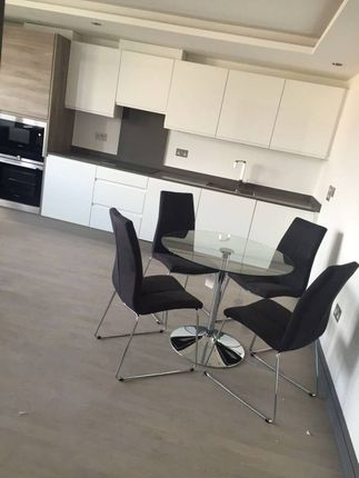 Thumbnail Flat to rent in Chase Road, Southgate