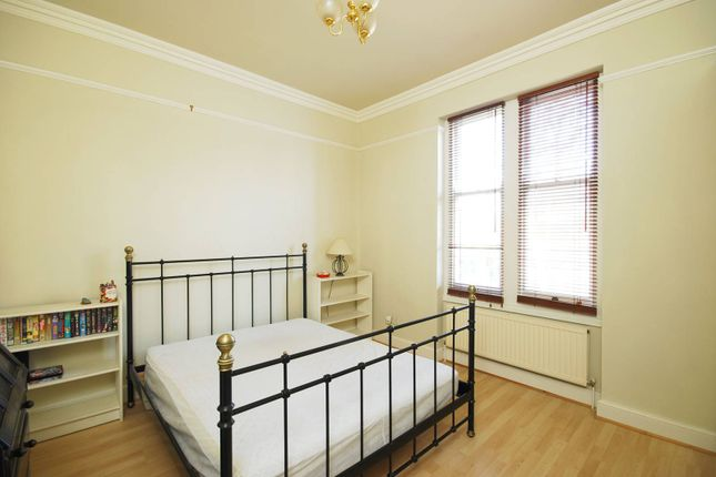 Thumbnail Flat to rent in Nightingale Lane, Wandsworth Common