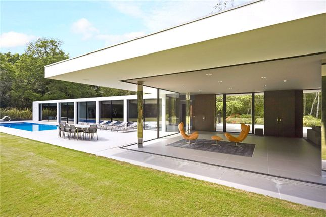 Thumbnail Detached house for sale in Forest Road, Colgate, Horsham, West Sussex