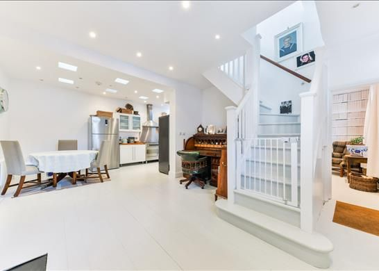 Thumbnail Property to rent in Orleans Road, Twickenham, Greater London