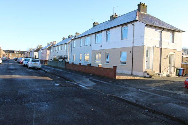 3 bed flat to rent in Kelvin Street, Grangemouth FK3