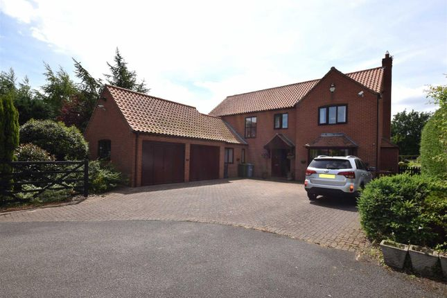 Thumbnail Detached house for sale in Holly Court, Rolleston, Newark
