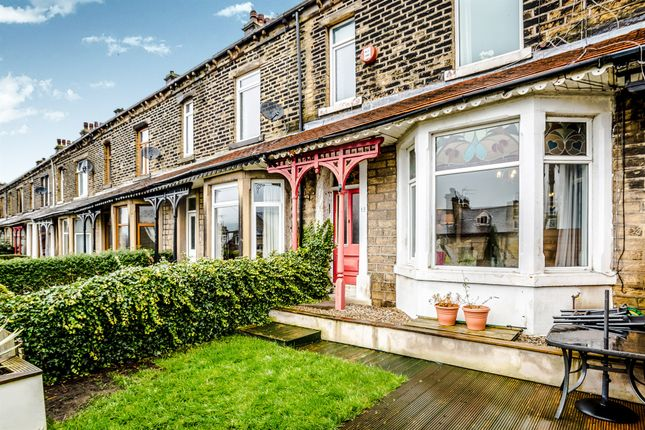 Thumbnail Terraced house for sale in Hollins Bank, Sowerby Bridge