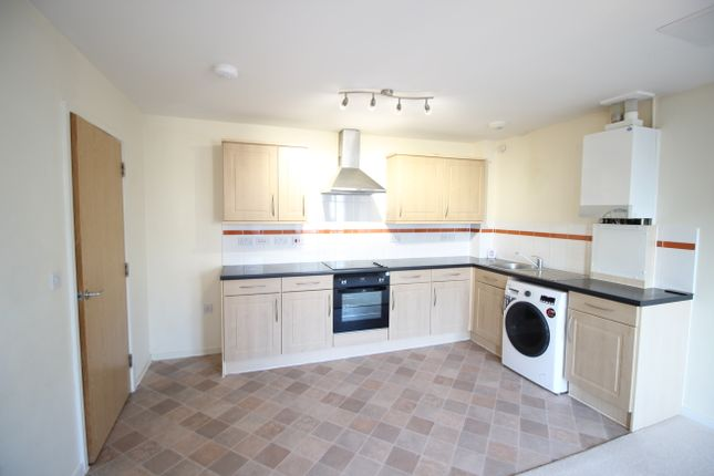 Thumbnail Flat to rent in Greatmead, Chippenham
