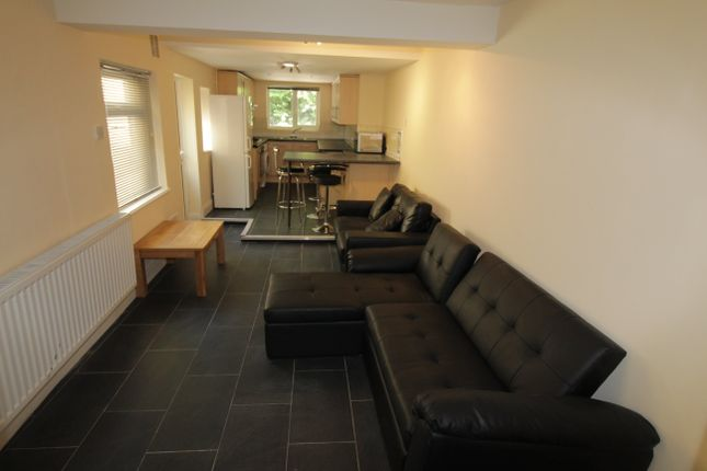 Thumbnail Property to rent in Coburn Street, Roath, Cardiff