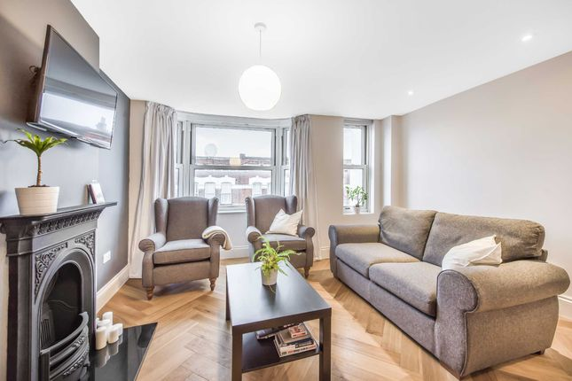 Flat for sale in Willesden Lane, Brondesbury, London