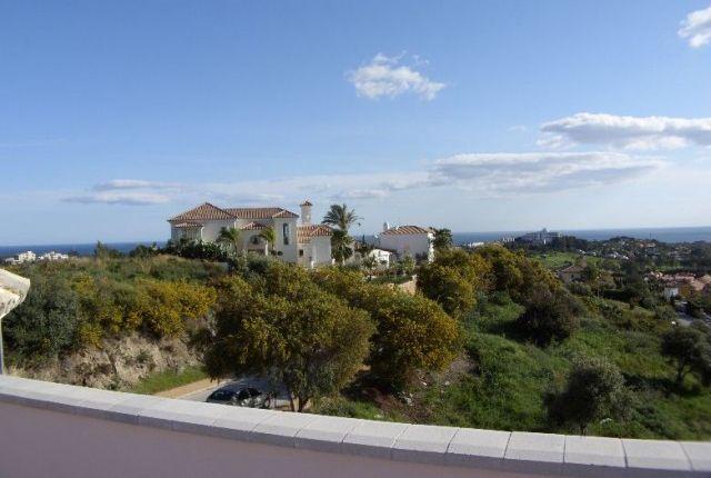 5 bed villa for sale in Spain, Málaga, Benahavís
