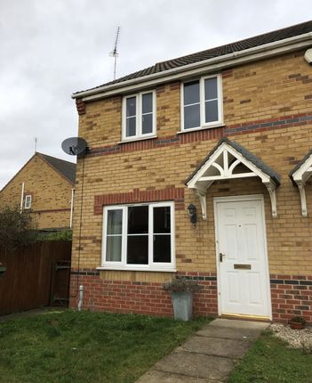 Thumbnail Semi-detached house to rent in Regents Close, Scunthorpe