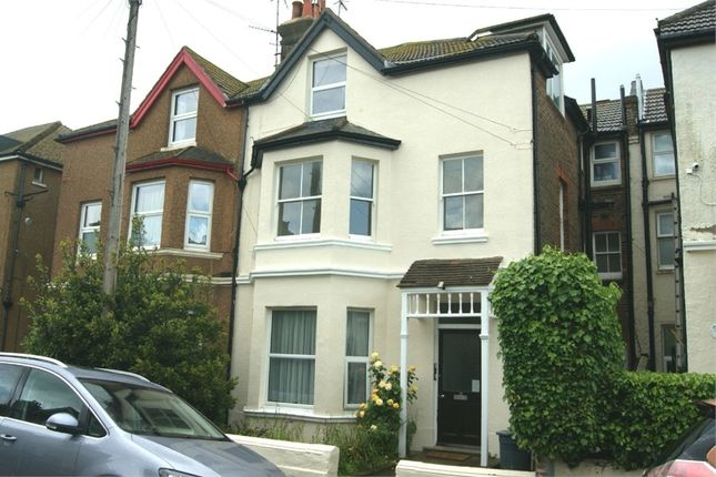 Thumbnail Flat to rent in Linden Road, Bexhill-On-Sea, East Sussex