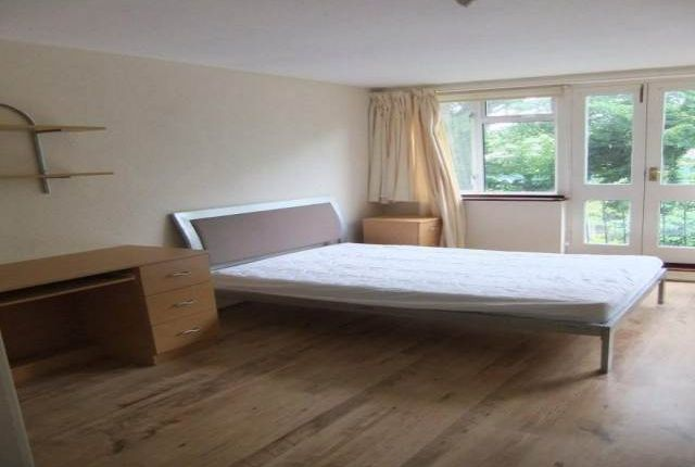Thumbnail Property to rent in Barchester Close, Cowley, Uxbridge