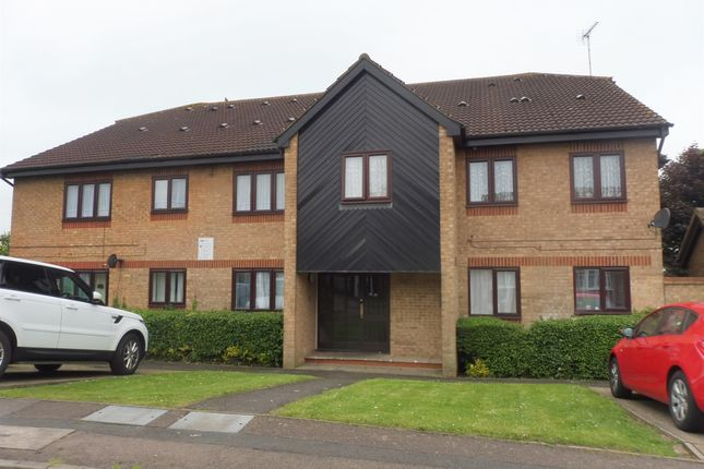 Thumbnail Flat for sale in Rodeheath, Leagrave, Luton
