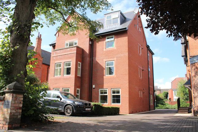 2 bed flat to rent in Limetree Court, St Peters Grove, York YO30