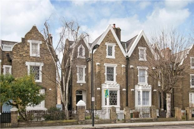 Thumbnail Semi-detached house to rent in De Beauvoir Square, London
