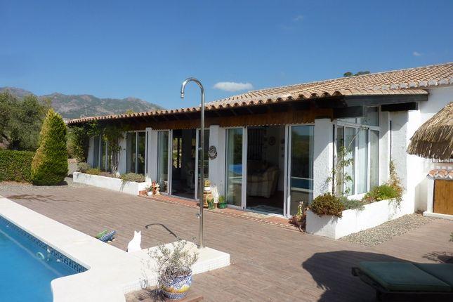 Thumbnail Villa for sale in El Chenil, Casarabonela, Málaga, Andalusia, Spain