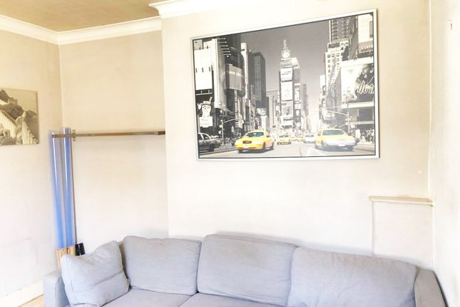 Thumbnail Terraced house to rent in St John's Road, London