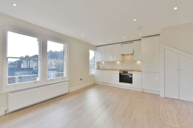 Thumbnail Flat for sale in Glengall Road, Queens Park, London
