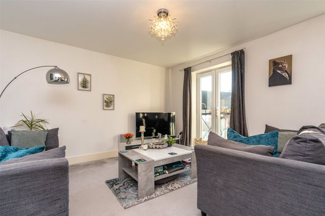 2 bed flat for sale in Tilling Close, Maidstone, Kent ME15