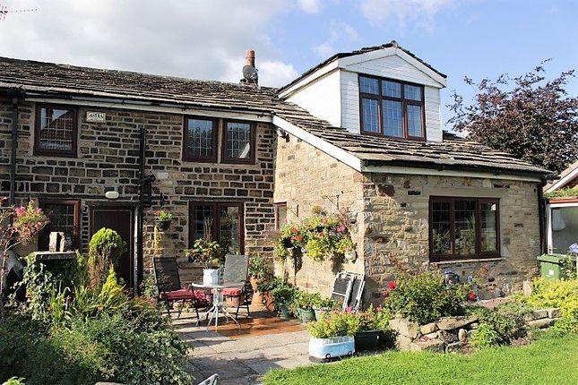 Thumbnail Cottage for sale in Stalybridge Road, Mottram, Via Hyde