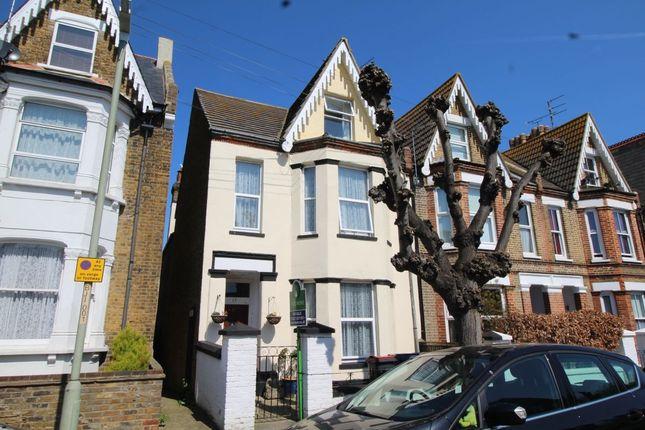 Homes for Sale in Brunswick Square, Herne Bay CT6 - Buy Property in ...