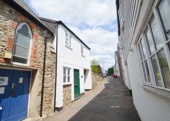 Thumbnail Cottage for sale in Chapel Street, Honiton