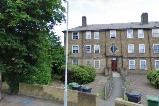 Secure Block of Brockill Crescent, London SE4