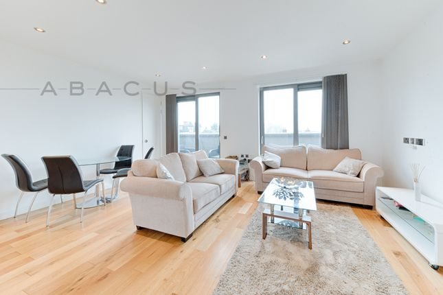 Thumbnail Triplex to rent in The Cascades, Finchley Road, Childs Hill