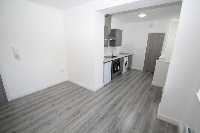 Thumbnail Flat to rent in Apt 4, Smith Street, Rochdale